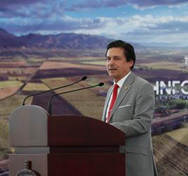 Dr. José Luis Santana Medina, Rector del CUValles